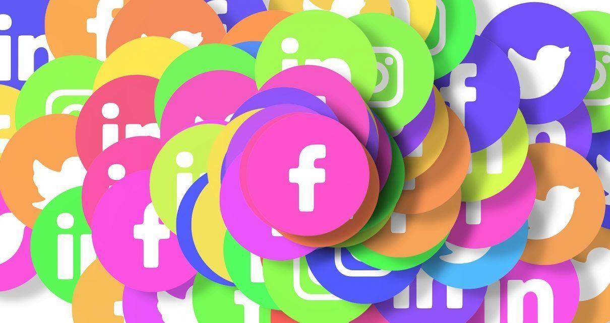 social-media-3129482_1920-1210x642-8661775
